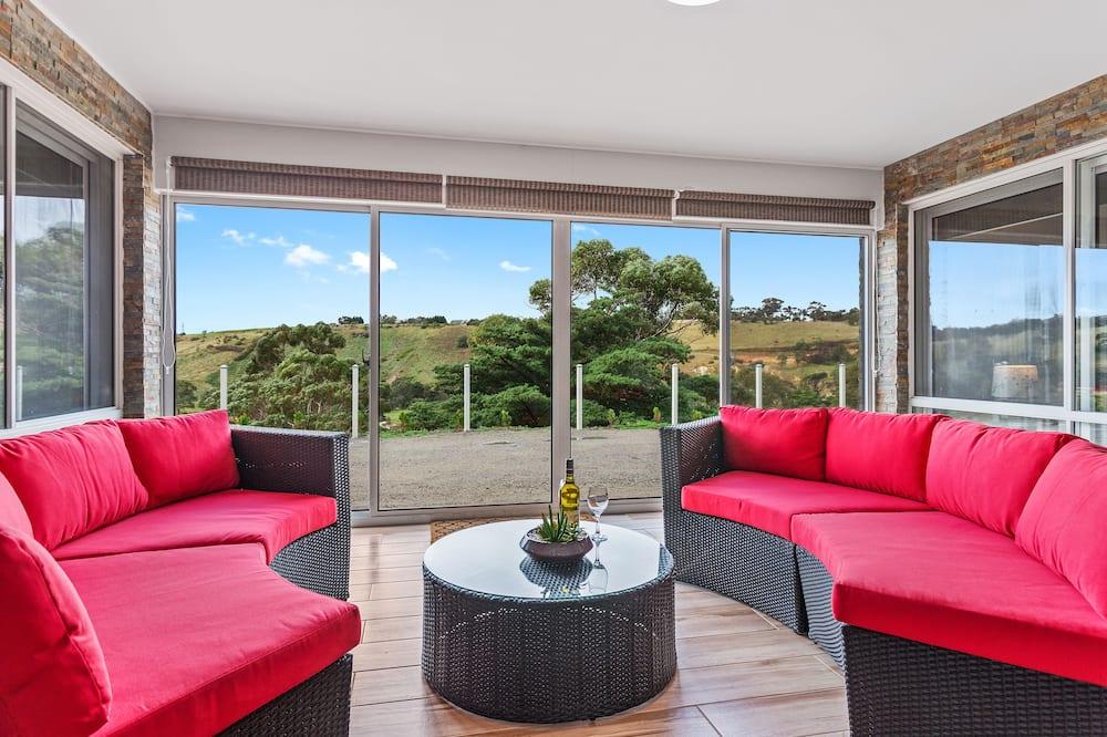 Bulla Hill - Living Room