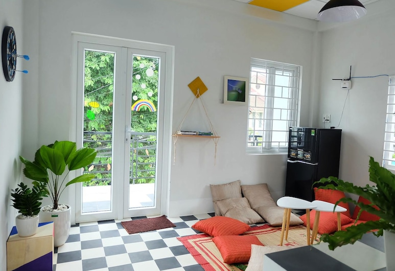 Colorful Hue Hostel - Adults Only, Hue
