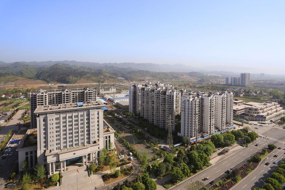 Summer Apartment Yongding Road
