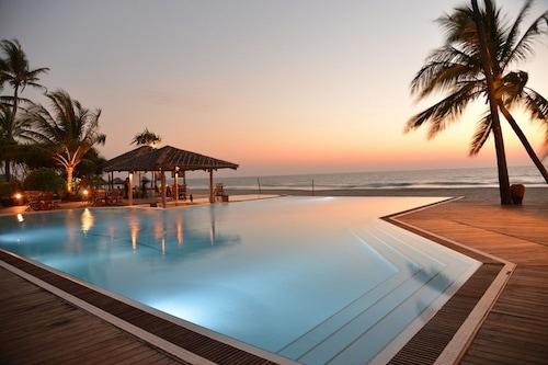 棕櫚海灘度假村/