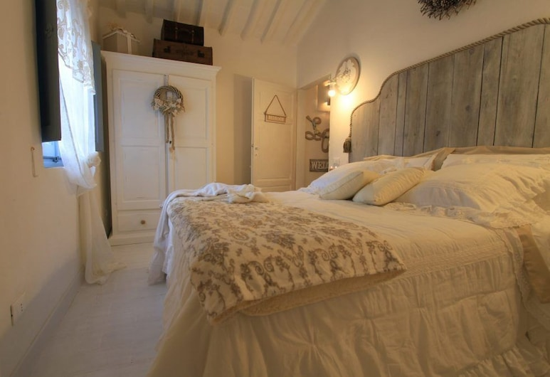 La Casina di Manon, Vinci, House, 2 Bedrooms, Room