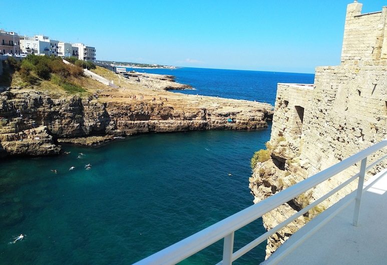Aquamarea, Polignano a Mare, Terraza o patio