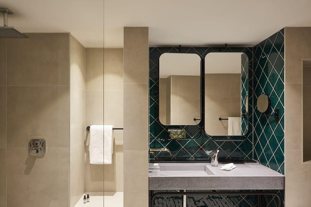 高级房, 1 张大床, 无烟房 (1 Bed, 2 Persons) - 浴室