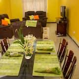 精緻公寓, 3 間臥室 - 客房餐飲服務