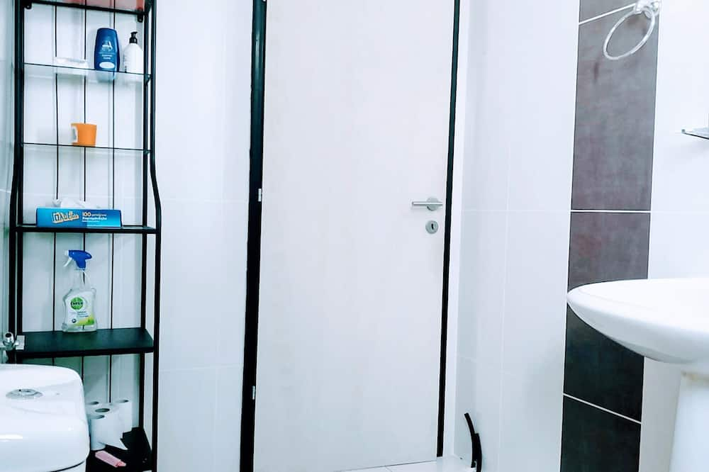 studio perheelle, 1 makuuhuone, Parveke, Näköala puutarhaan - Kylpyhuone