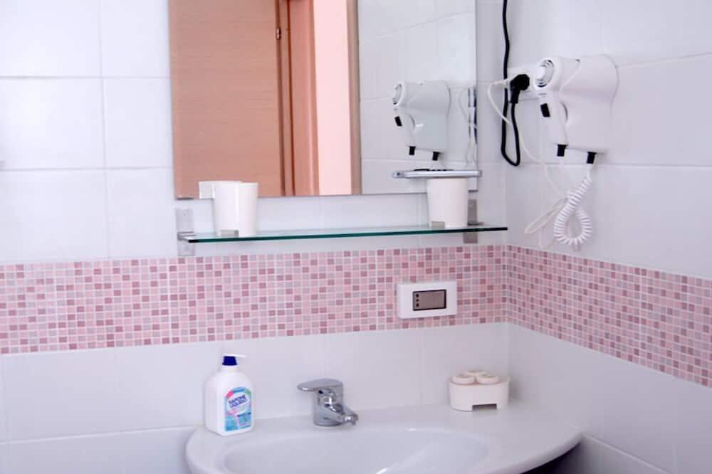 Standarta dzīvokļnumurs (Lilla) - Vannasistaba
