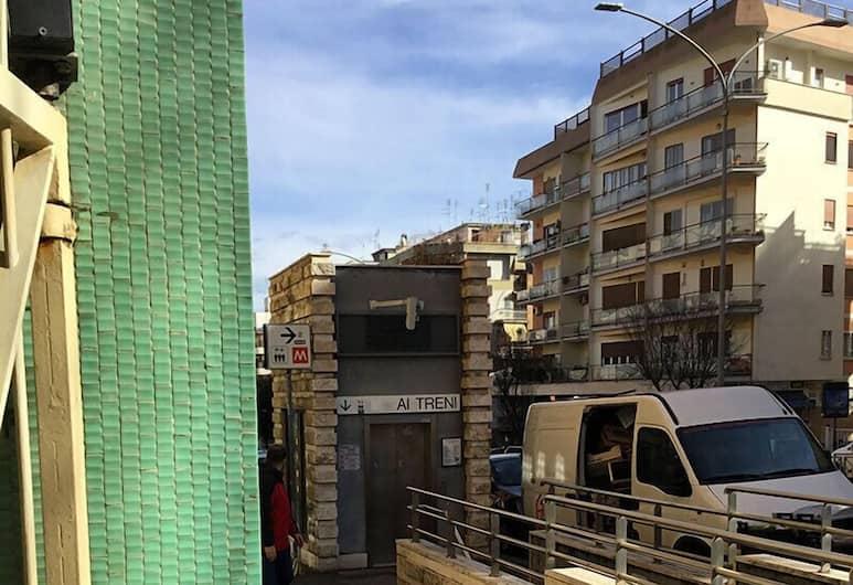Ale&Andrea Apartments, Rom, Overnatningsstedets indgang