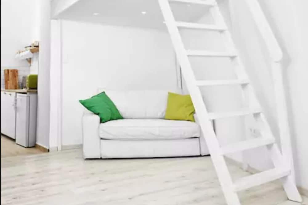 都會開放式客房, 1 張加大雙人床及 1 張梳化床 - 特色相片