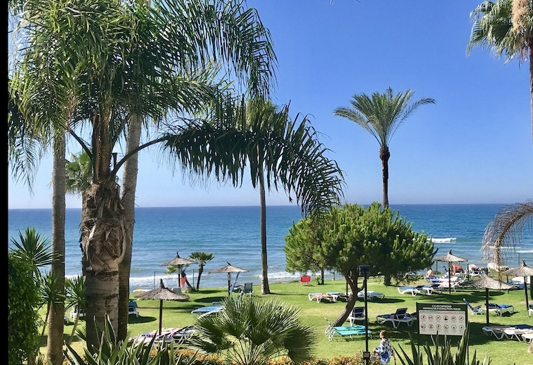 MY Capricho Beach 3. Apartment With sea Views, מיחאס, שטחי הנכס