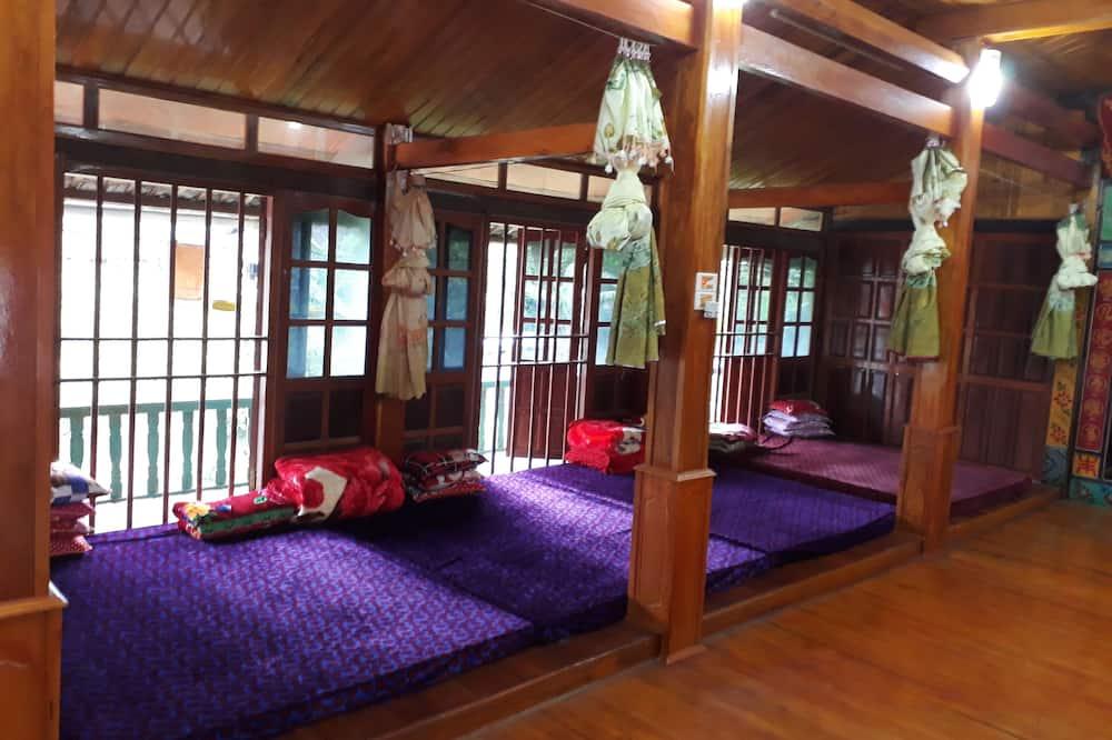 Ühiselamu, ühine magamisruum (Bed in 8-Bed, Mattress Only) - Tuba