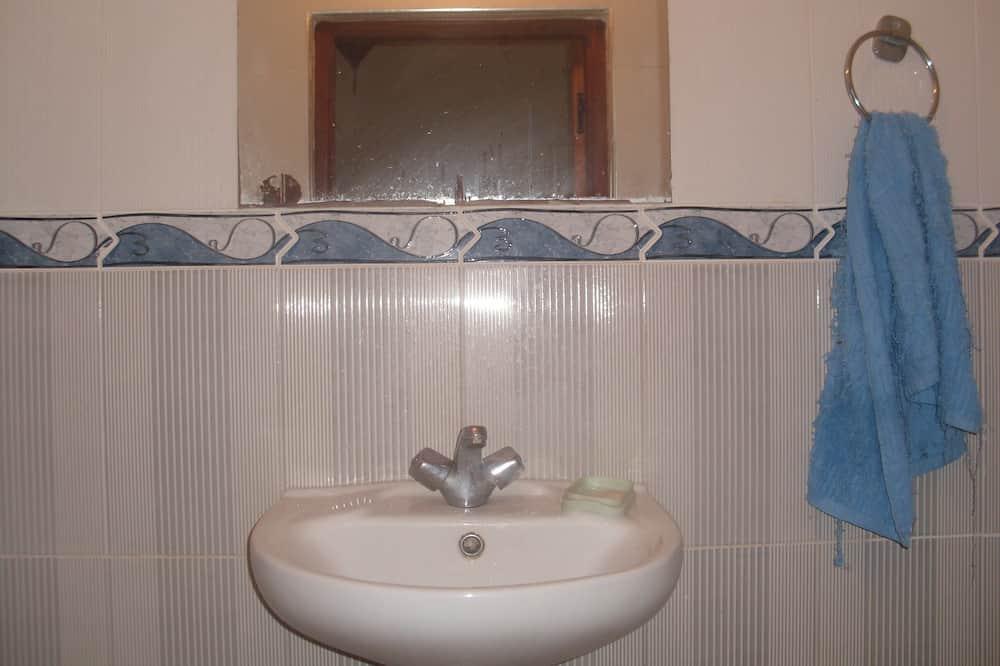Apartament, 2 sypialnie, dla niepalących - Łazienka