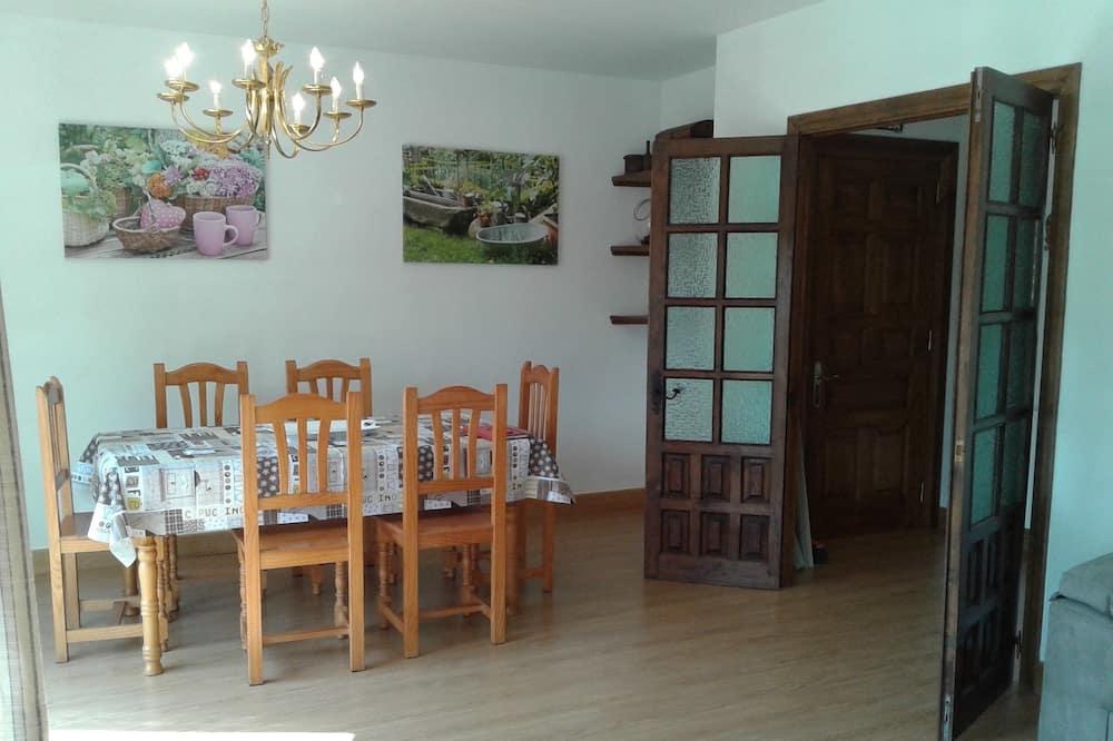 Διαμέρισμα, 3 Υπνοδωμάτια, Θέα στο Βουνό - Γεύματα στο δωμάτιο