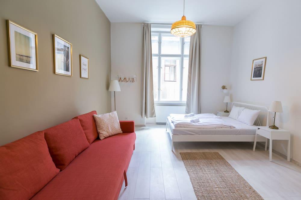 City Apartment, 3 Bedrooms - Room