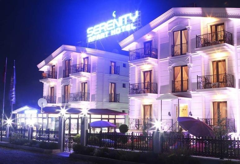 Serenity Apart Otel, Marmara Ereğlisi, Hotelfassade am Abend/bei Nacht