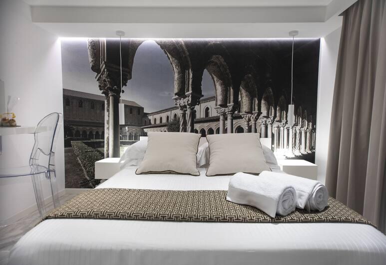 Suite Quaroni, Palermo, Camera tripla, piano elevato, Camera