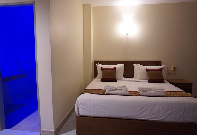 DB Residence, Patong, Grand Deluxe Room, Guest Room