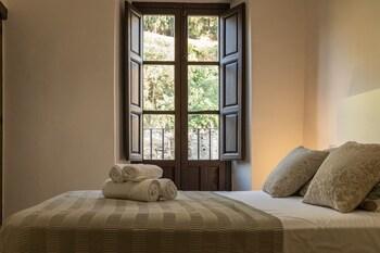 A(z) Alhambra Sonder Apartments hotel fényképe itt: Granada
