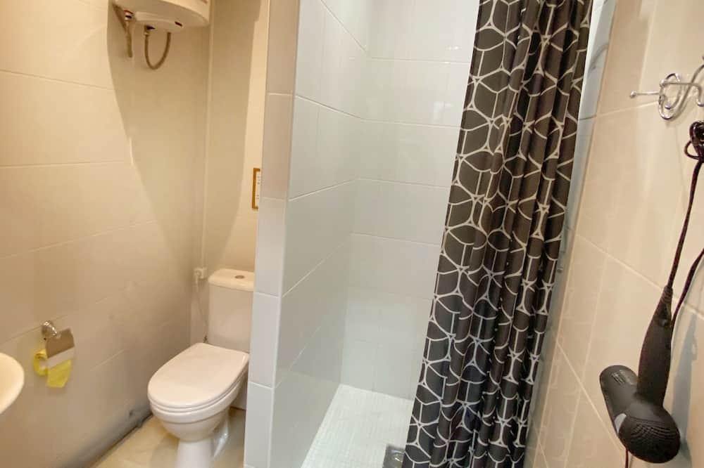 Comfort-Zweibettzimmer, Nichtraucher - Badezimmer