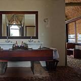 Kambarys su pagrindiniais patogumais, Nerūkantiesiems - Vonios kambarys