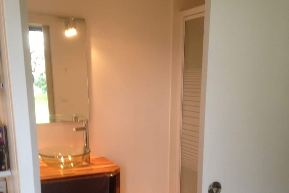 Studio (Sunny Terrace And ZEN Garden) - Bathroom Sink