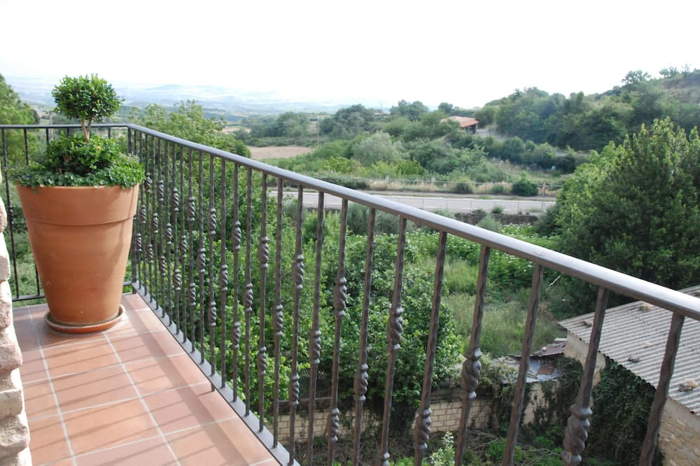 Namas, 4 miegamieji - Balkonas