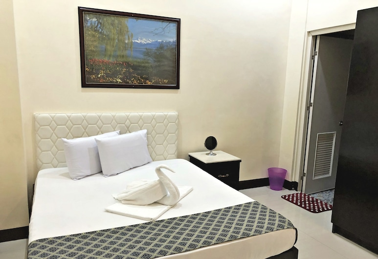 Knights Ko Suites, Tagaytay, Deluxe Room, Guest Room