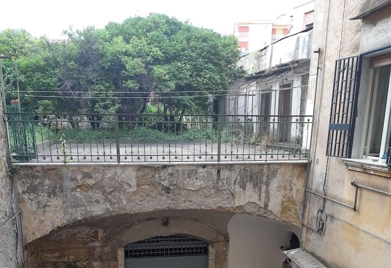Ariaviva, Naples, Vchod do hotela