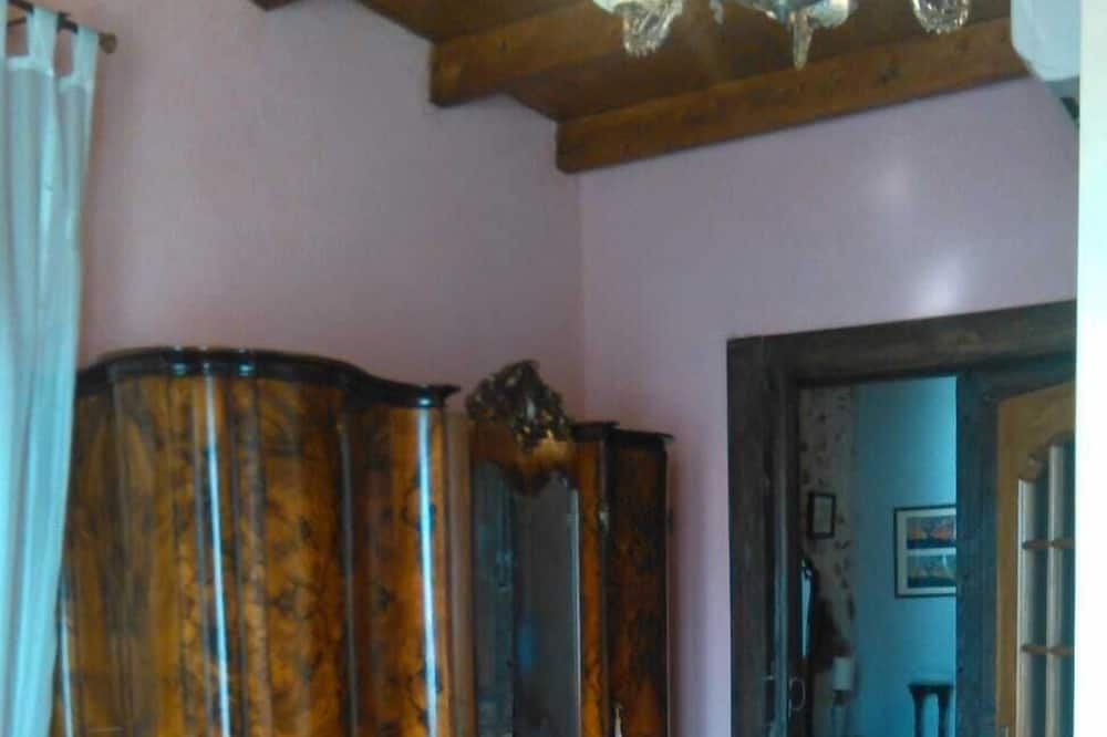 더블룸, 산 전망 - 거실 공간