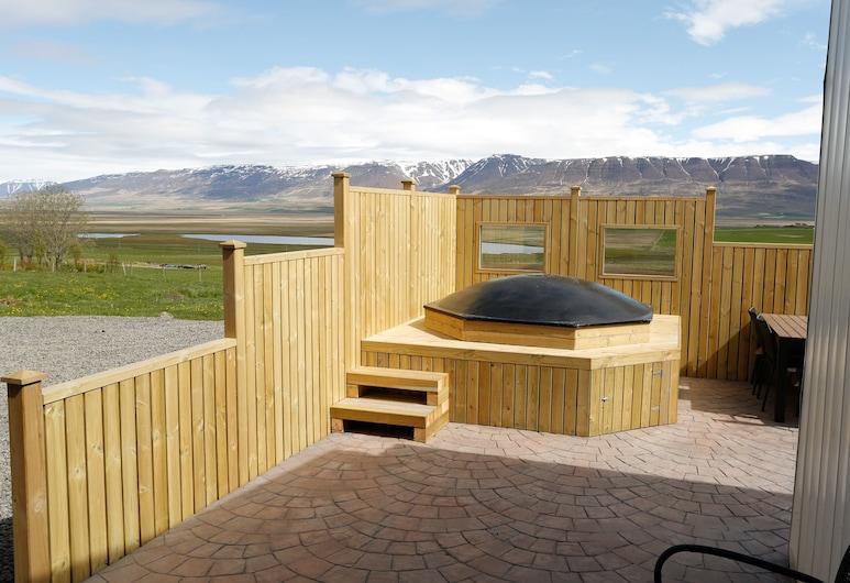 Syðra-Skorðugil Guesthouse, Skagafjörour, Außen-Whirlpool