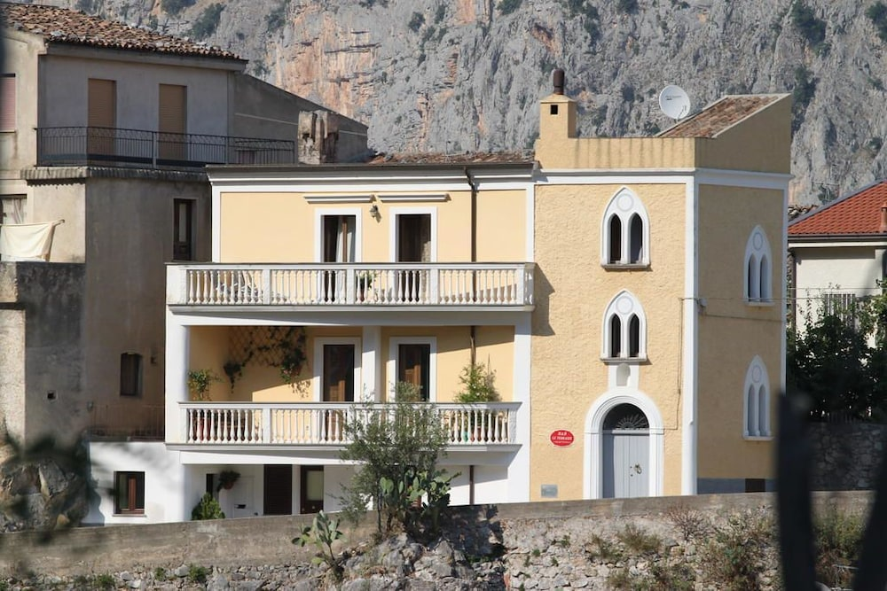 Prenota B&B Le Terrazze a Civita - Hotels.com