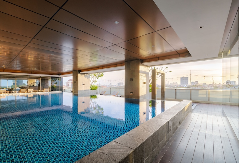 Oakwood Hotel & Residence Surabaya, Surabaya, Kolam