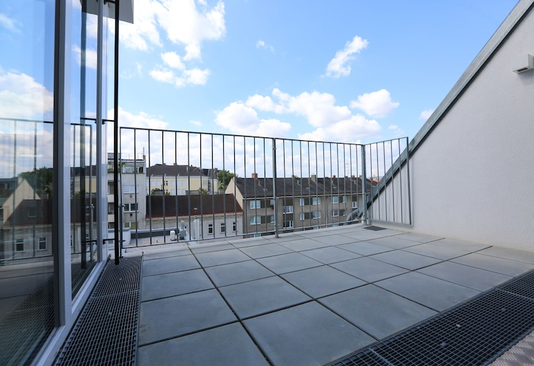 4 Beds and More Vienna Apartments, Vienna, Apartment, 3 Bedrooms, Balcony