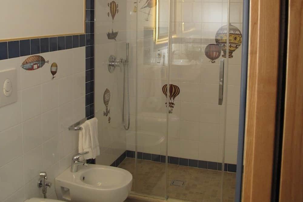 Kolmen hengen huone, Merinäköala - Kylpyhuone