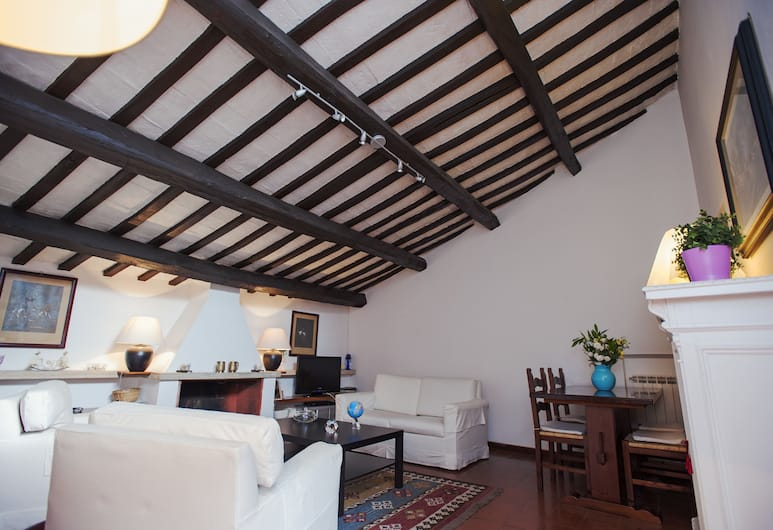 Benedetta - WR Apartments, Rome, Living Room