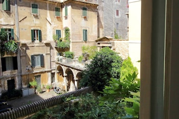 Picture of Croce - WR Apartments in Rome