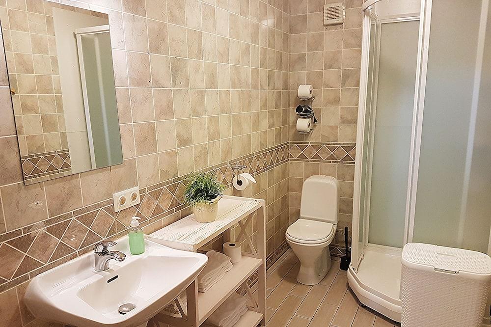 Enkeltværelse - fælles badeværelse - Badeværelse
