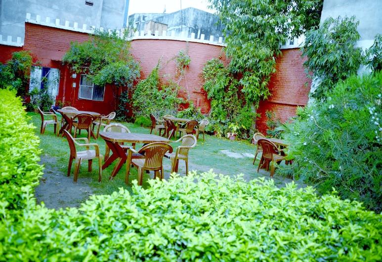 Hotel Sugandh Retreat , Jaipur, Jardim