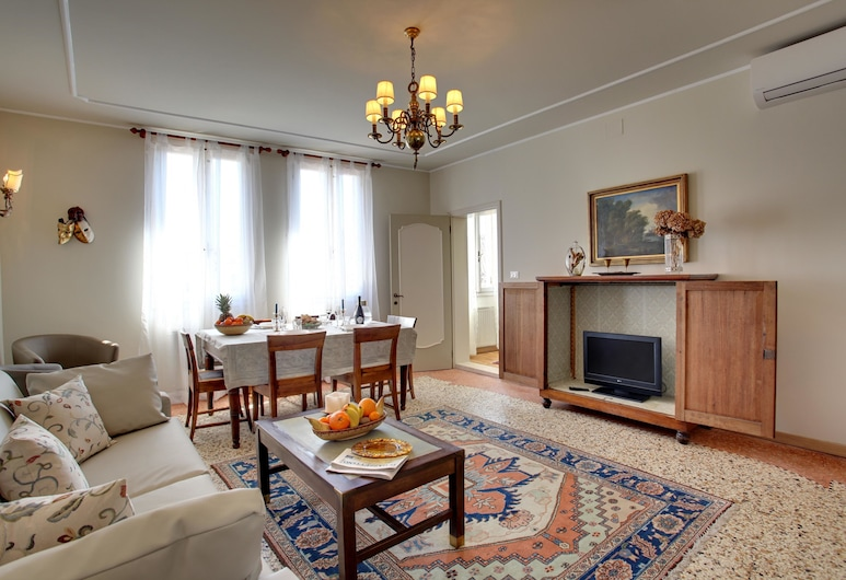 Canale - WR Apartments, Venesia, Pintu Masuk Interior