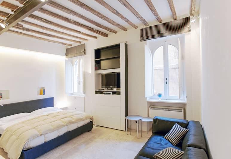 奧羅 WR 公寓酒店, 羅馬