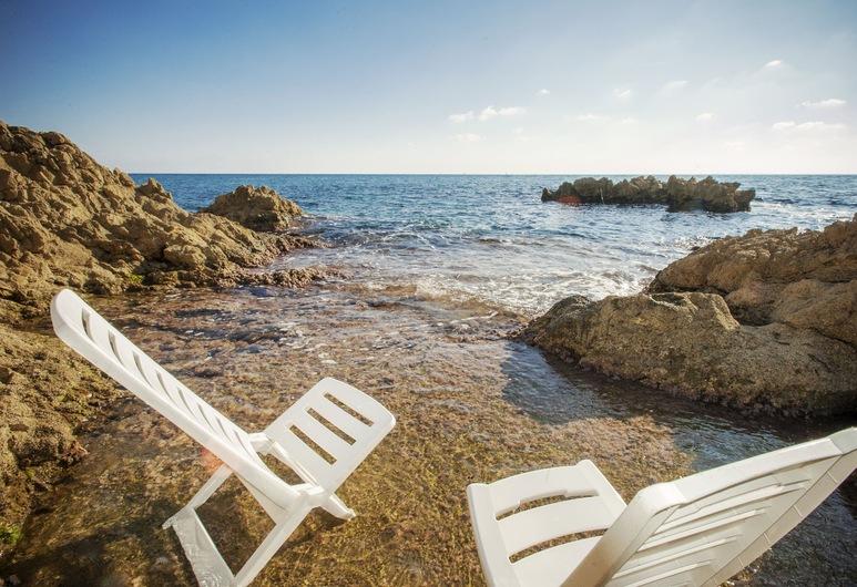 Villa Punta Rossa - WR Apartments, San Felice Circeo, Beach