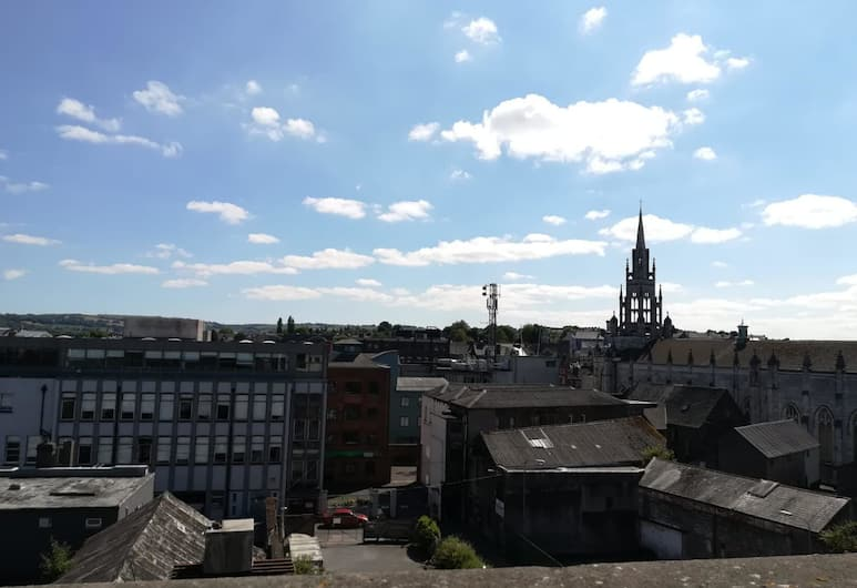 2 bedroom penthouse Cork city Fitton St, Cork, View from property