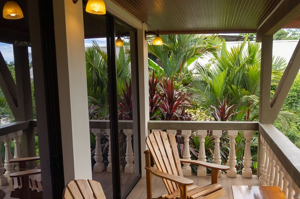Quadruple Room, Balcony (Habitacion #2) - Pemandangan Taman