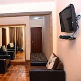 Сімейний номер, 1 двоспальне ліжко та розкладний диван - Житлова площа