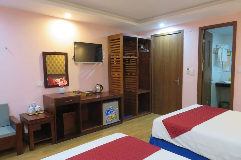 Executive Quadruple Room, Balcony - Balcony