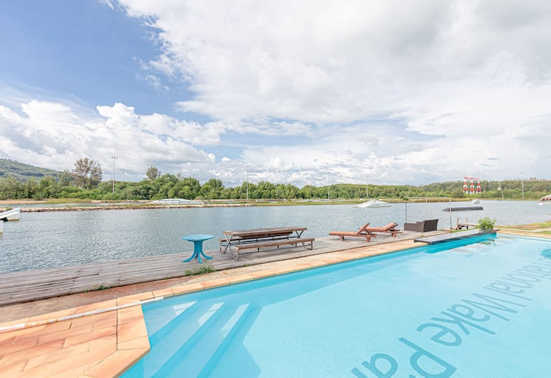 OYO 433 Iwp Wake Park & Resort Hotel, Mai Khao, Outdoor Pool