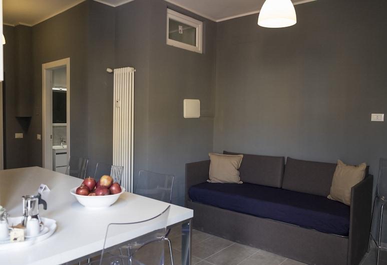 MiaVia Apartments- San Lorenzo, Bologna, Apartmán, 2 ložnice, balkon, výhled do dvora (Elisa ), Obývací prostor