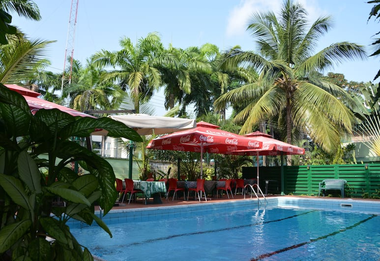 曼努埃拉住宅渡假村, 拉各斯, 室外游泳池