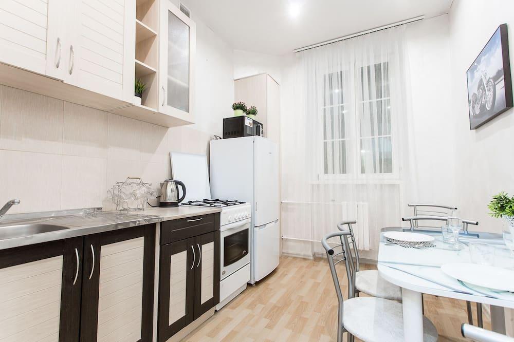 Standardni apartman (Karla Marksa st., bldg 21, apt. 21) - Obroci u sobi