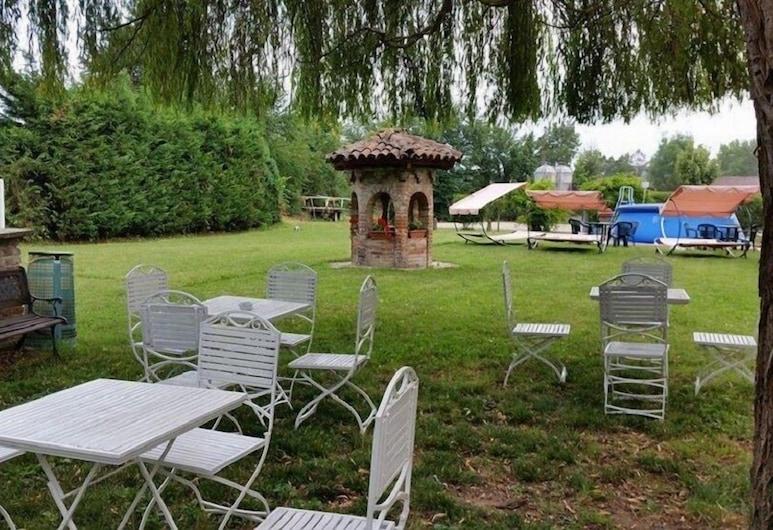 農莊城堡飯店, 阿斯蒂, 花園