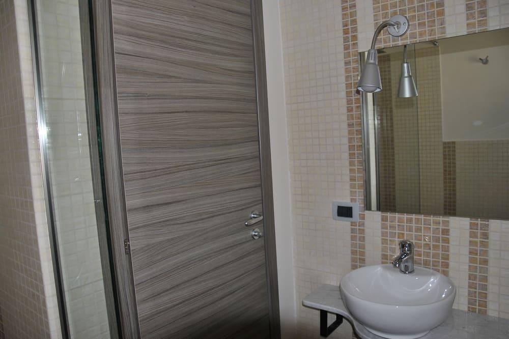 Двухместный номер с 1 или 2 кроватями, балкон - Ванная комната